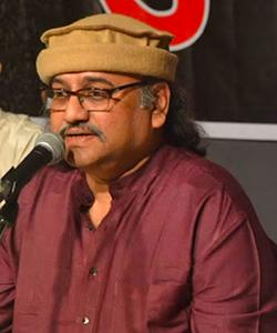 Pt. Raghunandan Panshikar